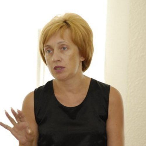 Шапкова Елена