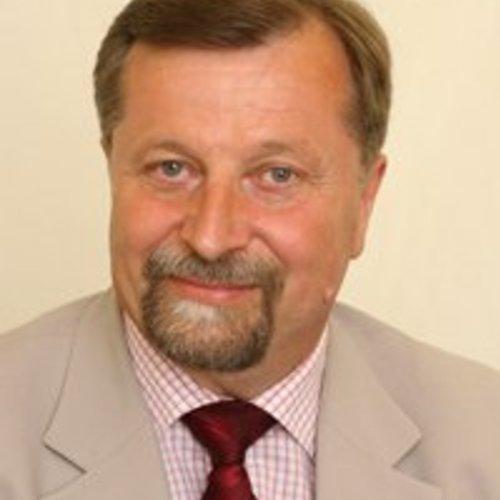 Диневич Янис